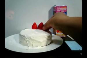 4分14秒で簡単イチゴケーキ 小学生にもできる簡単10分内油なしダイエット料理 Easy 10-minute no oil diet cuisine