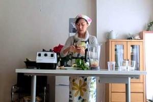 グリーンたっぷり ロースムージーの効果と定番レシピの作り方