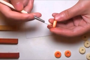 紙粘土 ドーナツのクリップ