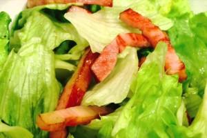 【ベーコンレタスのアボカドオイルサラダ】 簡単すぎるレシピ